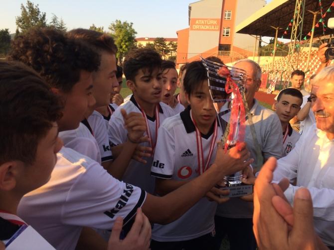 LEFKE CUP U15'TE ŞAMPİYON BELLİ OLDU 5