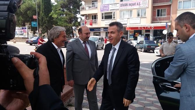 Vali Elban Osmaneli'de 1