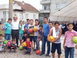 Osmaneli Belediyesi çocukların yüzünü güldürmeye devam ediyor