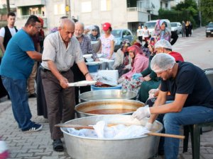 İLK MAHALLE İFTARI CAMİCEDİT'TE