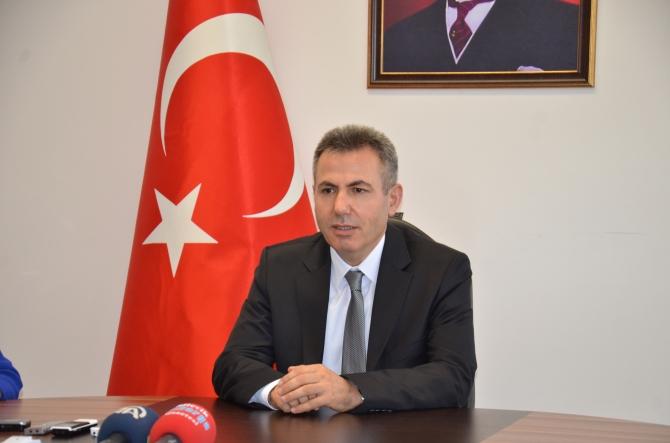 VALİ ELBAN 'BİLECİK'E DOYAMADIM'