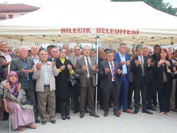 İLK KATLI OTOPARKININ TEMELLERİ ATILDI