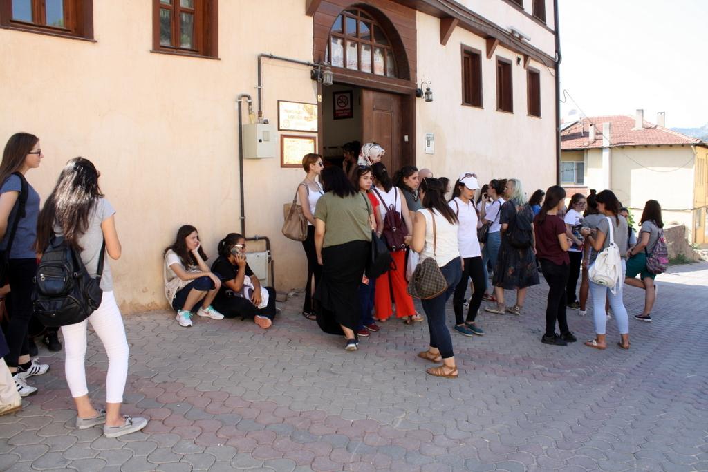 Misafir Gençler Osmaneli'ye hayran kaldılar