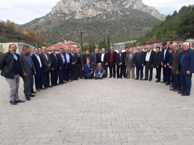 BİLECİK'Lİ MUHTARLAR OSMANELİ'Yİ GEZDİ