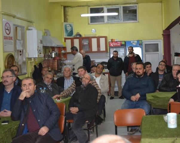 KAHVEHANE TOPLANTILARI DEVAM EDİYOR
