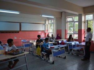 İlçe Milli Eğitim Müdürü Ekinci'den TEOG KURSLARINA ZİYARET