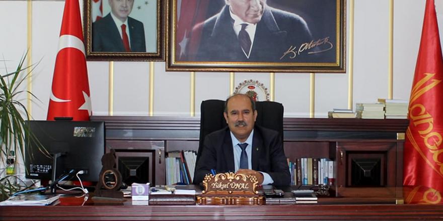 """Kaymakam Yüksel Ünal'dan """"10 Kasım Atatürk'ü anma günü"""" mesajı"""