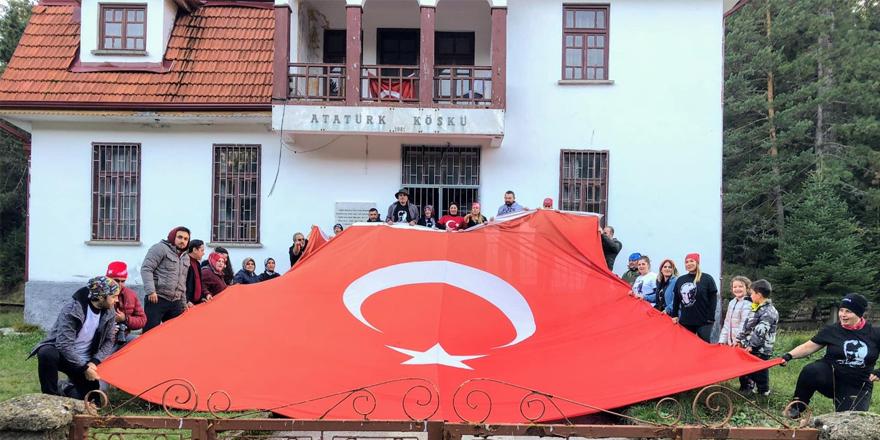 Osmaneli ofdost Ata'sına yürüdü