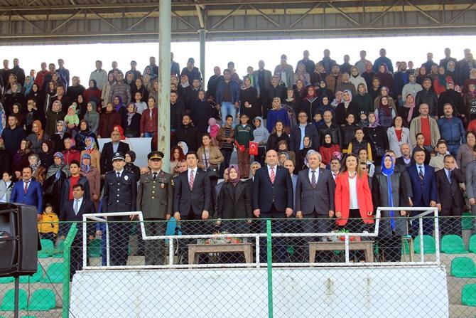 29-ekim-cumhuriyet-bayrami-coskuyla-kutlandi-(4).jpg