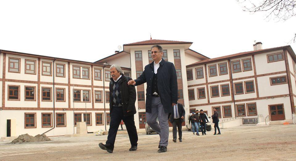 balaban-okulunun-ogrencilerine-1.jpg