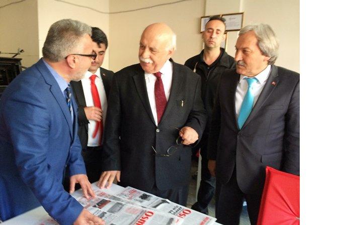 kultur-ve-turizm-bakani-nabi-avci--osmaneli-haber-gazetesinde-4.jpg