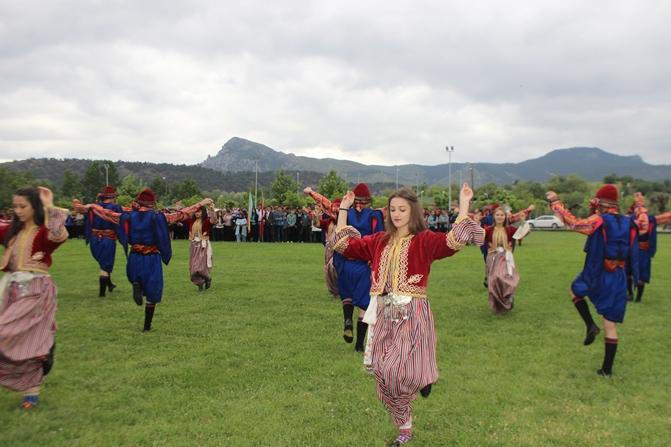 osmaneli-de-19-mayis-kutlamalari-(3).jpg