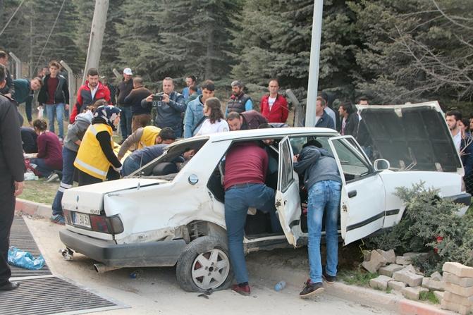 universite-trafik-kazasi1.jpg
