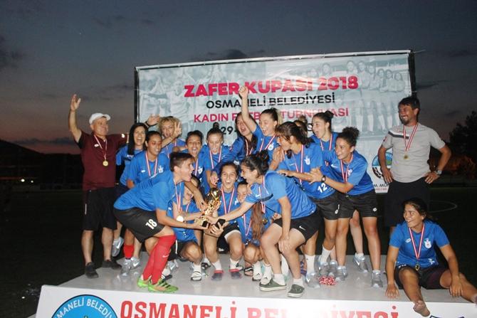 zafer-kupasi-2018-kadin-futbol-turnuvasi-(10).jpg