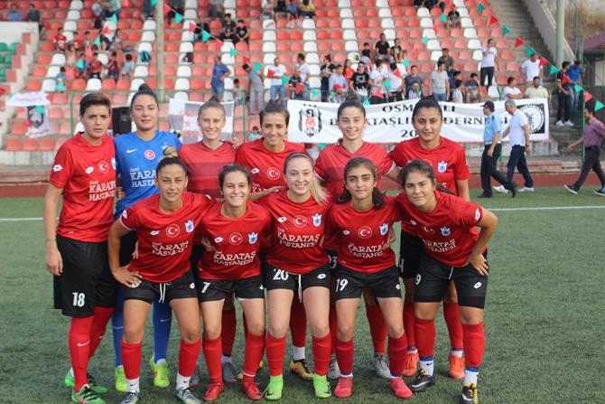 zafer-kupasi-2018-kadin-futbol-turnuvasi-(11).jpg